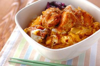 鶏唐の半熟卵とじ丼