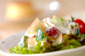 リンゴヨーグルトサラダ