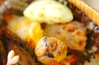 卵とトマトのバジルチーズ焼き