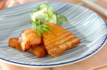 タケノコと鮭の重ね焼き