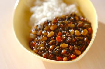 ホウレン草と大豆のカレー