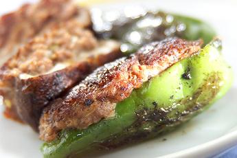 野菜の肉詰め