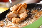 鶏の唐揚げサルサソースの作り方1