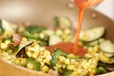 ゴーヤとトウモロコシの炒めものの作り方3
