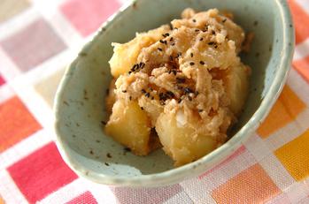 ジャガイモのゴマ煮