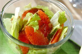 レタスとグレープフルーツのサラダ