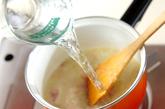おろし玉ネギのスープの作り方1