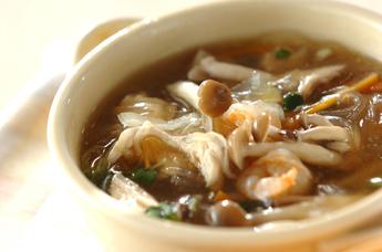 キノコの春雨スープ煮