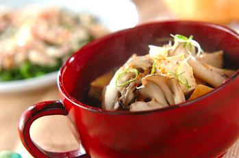 厚揚げとキノコのスープ煮