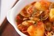アサリとジャガイモのトマト煮