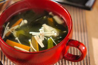 ワカメとエノキの中華スープ