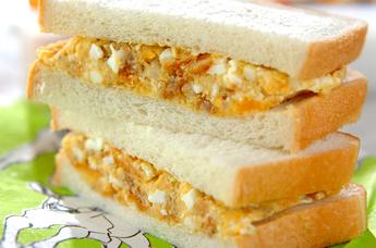 コロッケ卵サンド