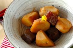 里芋とコンニャクの煮物