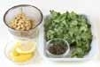 大豆と菊菜のかき揚げの下準備1