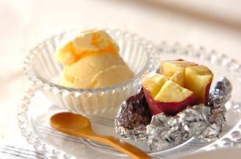 サツマイモのホイルバター焼き