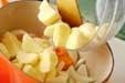 シンプル肉ジャガ風煮物の作り方1