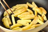ポテトのピリ辛みそ炒めの作り方1