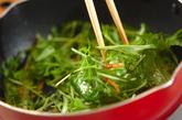水菜のエビジャコ炒めの作り方2