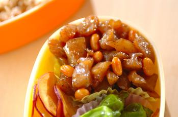 コンニャクと水煮大豆のしょうゆ炒め