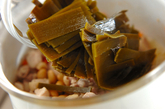 刻み昆布と鶏肉のうま煮の作り方2