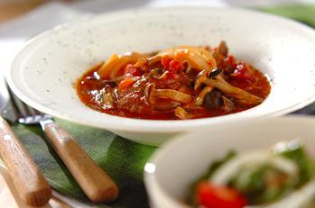 チキンと野菜のトマト煮込み