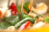 魚介のバジル炒めライスの作り方2