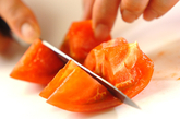 トマトのガーリックサラダの作り方1
