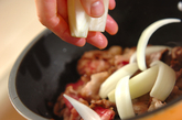 牛肉と玉ネギのケチャップソテーの作り方2