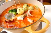 黄飯団子のトマト豆乳鍋の作り方4