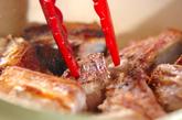 骨付き豚バラ肉の甘辛煮の作り方1