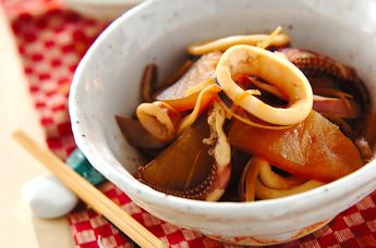 大根とイカの煮物