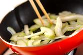 セロリの炒め物の作り方3