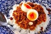 半熟卵のせドライカレー