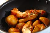 新ジャガと鶏手羽の煮物の作り方3