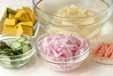 2色のポテトサラダの下準備1
