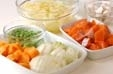 鮭のクリームシチューの下準備1