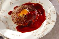 卵入りハンバーグ