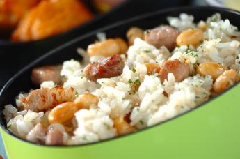 大豆と豚肉のチャーハン