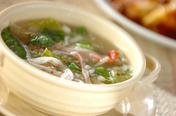 レタスのふわふわスープ