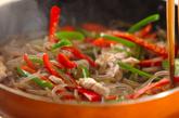 糸コンニャクのピリ辛炒めの作り方1