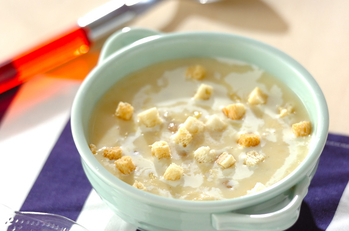 ヒヨコ豆入りコーンスープ