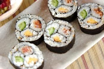 三色巻き寿司(恵方巻き)