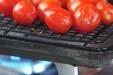 焼きトマトサラダの下準備1