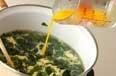 ワカメスープの作り方2