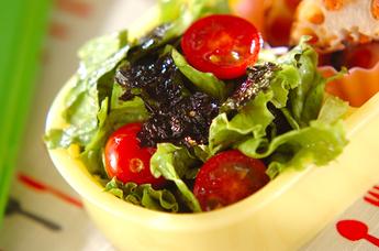 レタスと海苔のサラダ