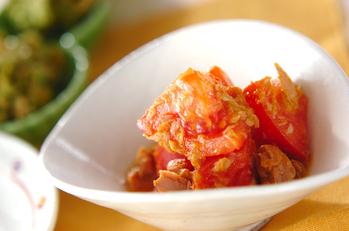 トマトのカレー風味サラダ