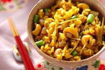 鶏肉ナッツの炊き込みご飯