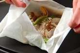 白身魚と野菜の紙包み焼きと焼きおにぎりの作り方6