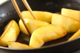 リンゴのキャラメルソテーの作り方1