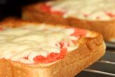 チーズと明太子のトーストの作り方2